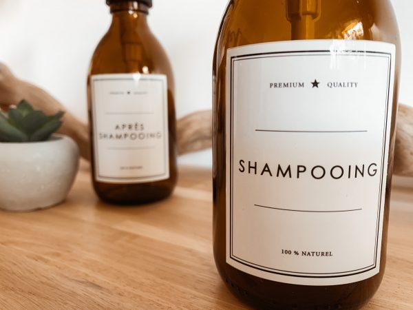 bouteille en verre salle de bain
